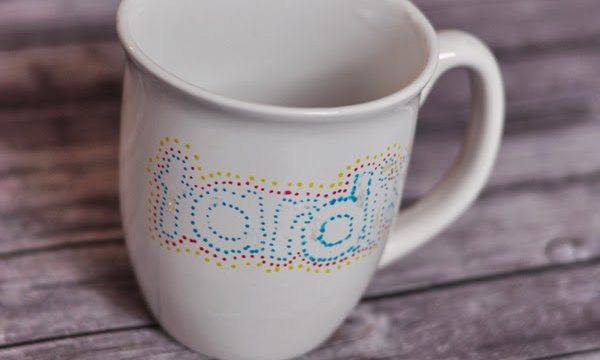 How To Decorate a Mug So It Lasts