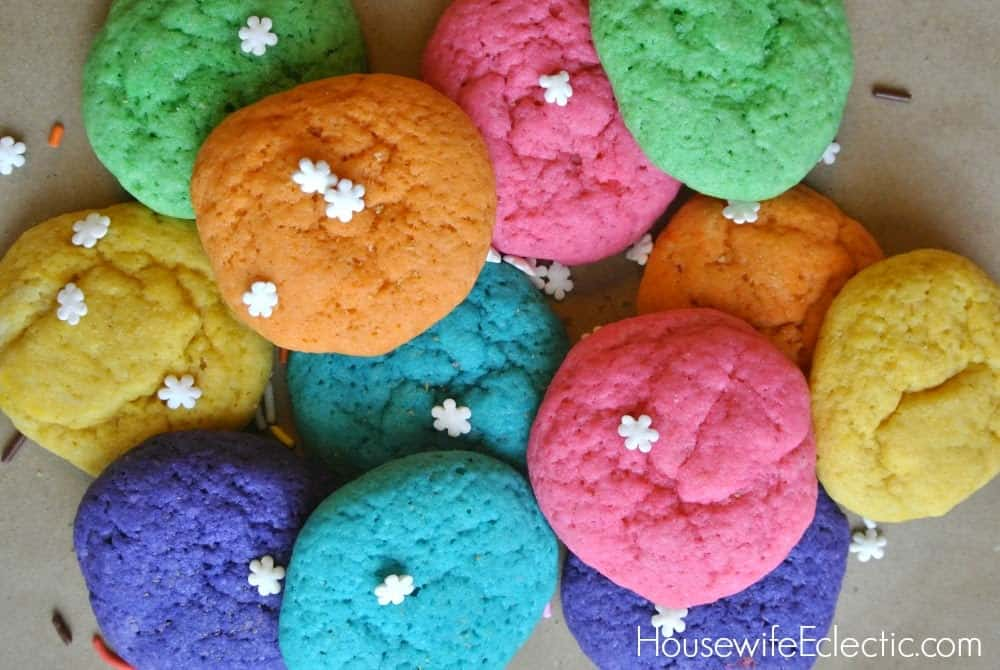 Yummy rainbow sugar cookies