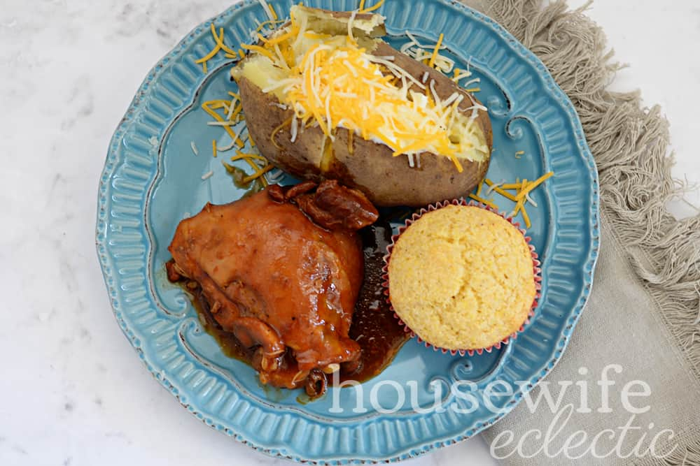 Housewife Eclectic: BBQ Slow Cooker Chicken