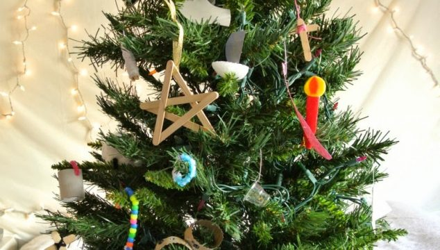 A Christ-Centered Christmas Craft Advent for Young Children