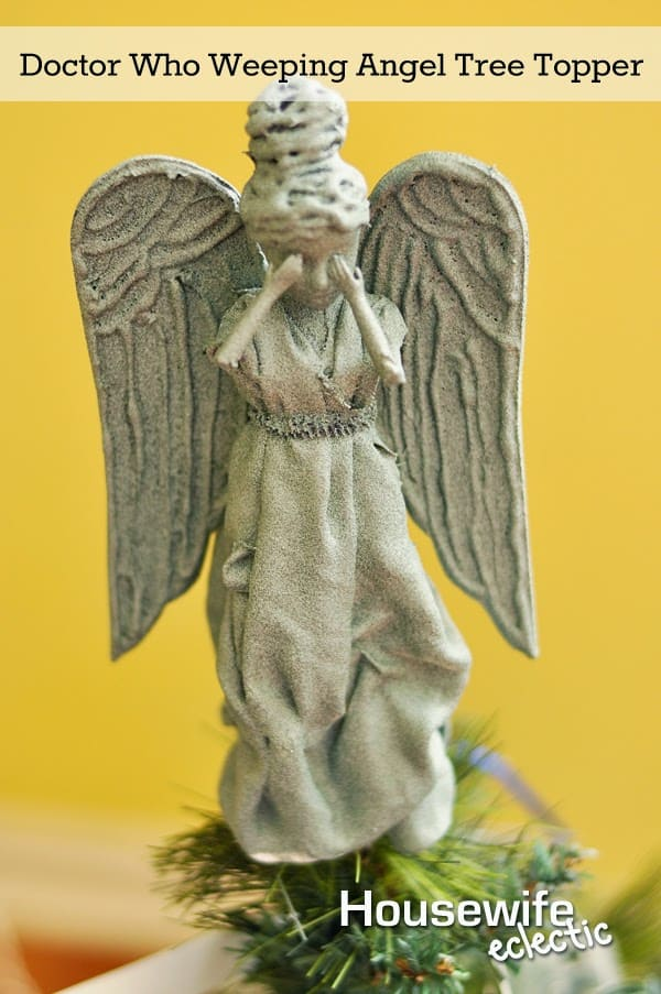 Weeping Angel Mini Statue Tree Topper - Housewife Eclectic