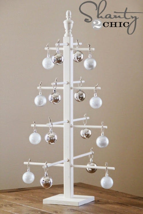 stands to display ornaments