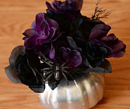 Metallic Halloween Flower Arrangement