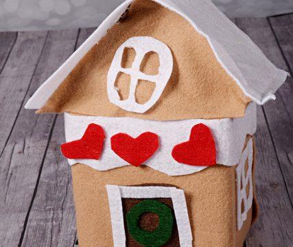 Play Felt Gingerbread House