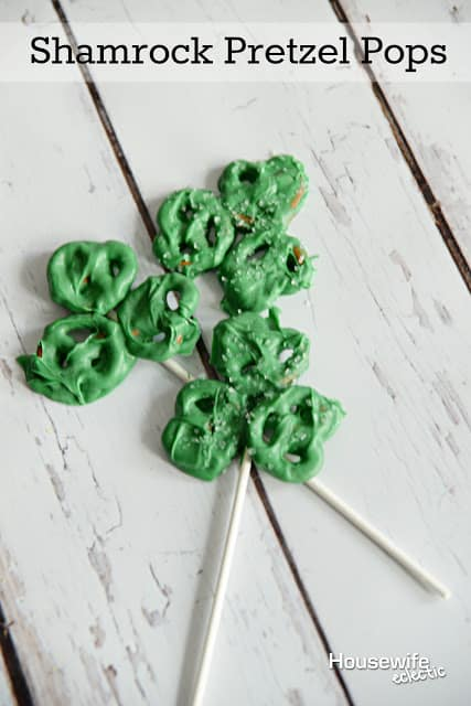 Housewife Eclectic: Shamrock Pretzel Pops