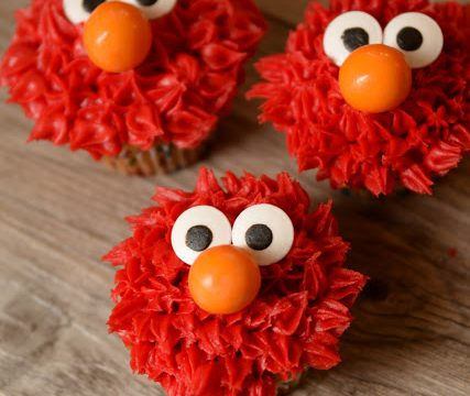 Easy Elmo Cupcakes
