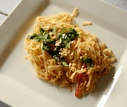 Easy Gluten-Free Chicken Pad Thai