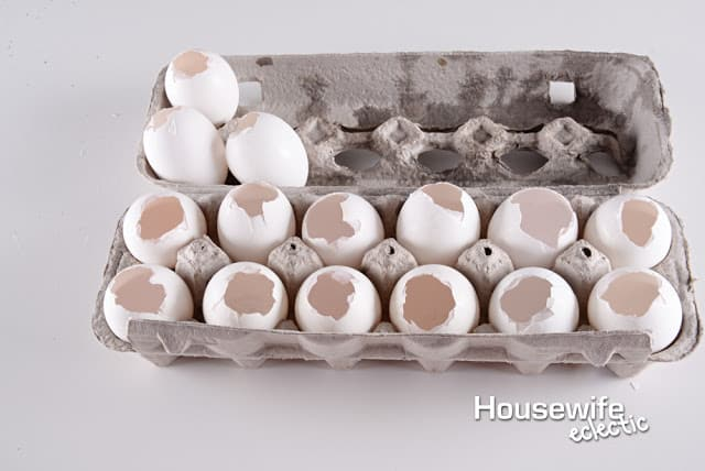 Housewife Eclectic: confetti eggs