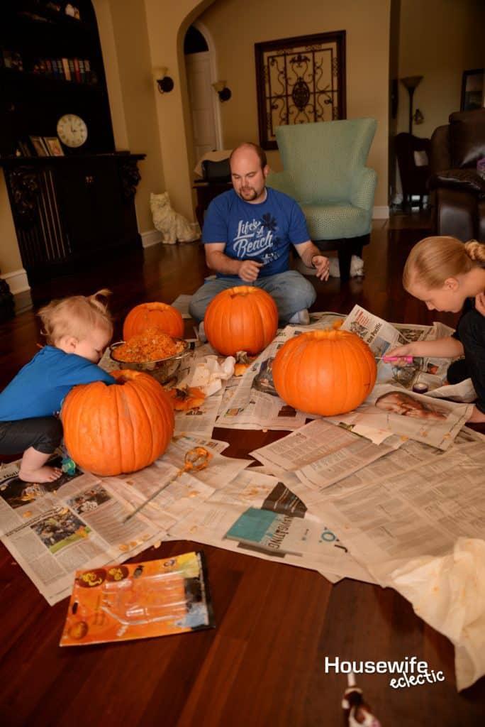 Fall Bucket List : Carve or Decorate Pumpkins