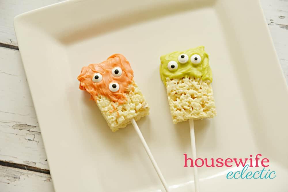 Easy Halloween Treats: Monster Pops