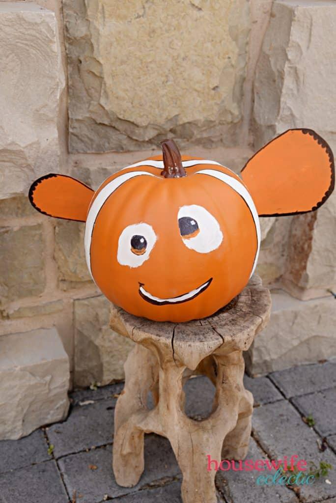 Finding Nemo pumpkin : A No Carve Disney Pumpkin