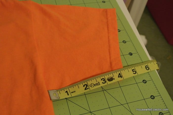 easy orange pumpkin jackolantern dress for girls from a tshirt HousewifeEclectic (1)