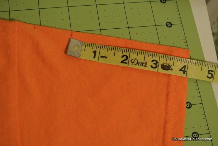easy orange pumpkin jackolantern dress for girls from a tshirt HousewifeEclectic (4)