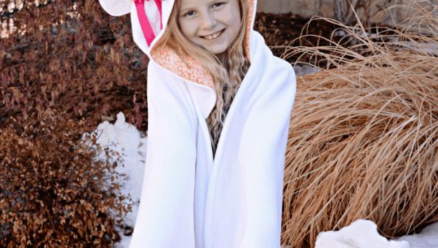 How to Make a Hooded Unicorn Blanket