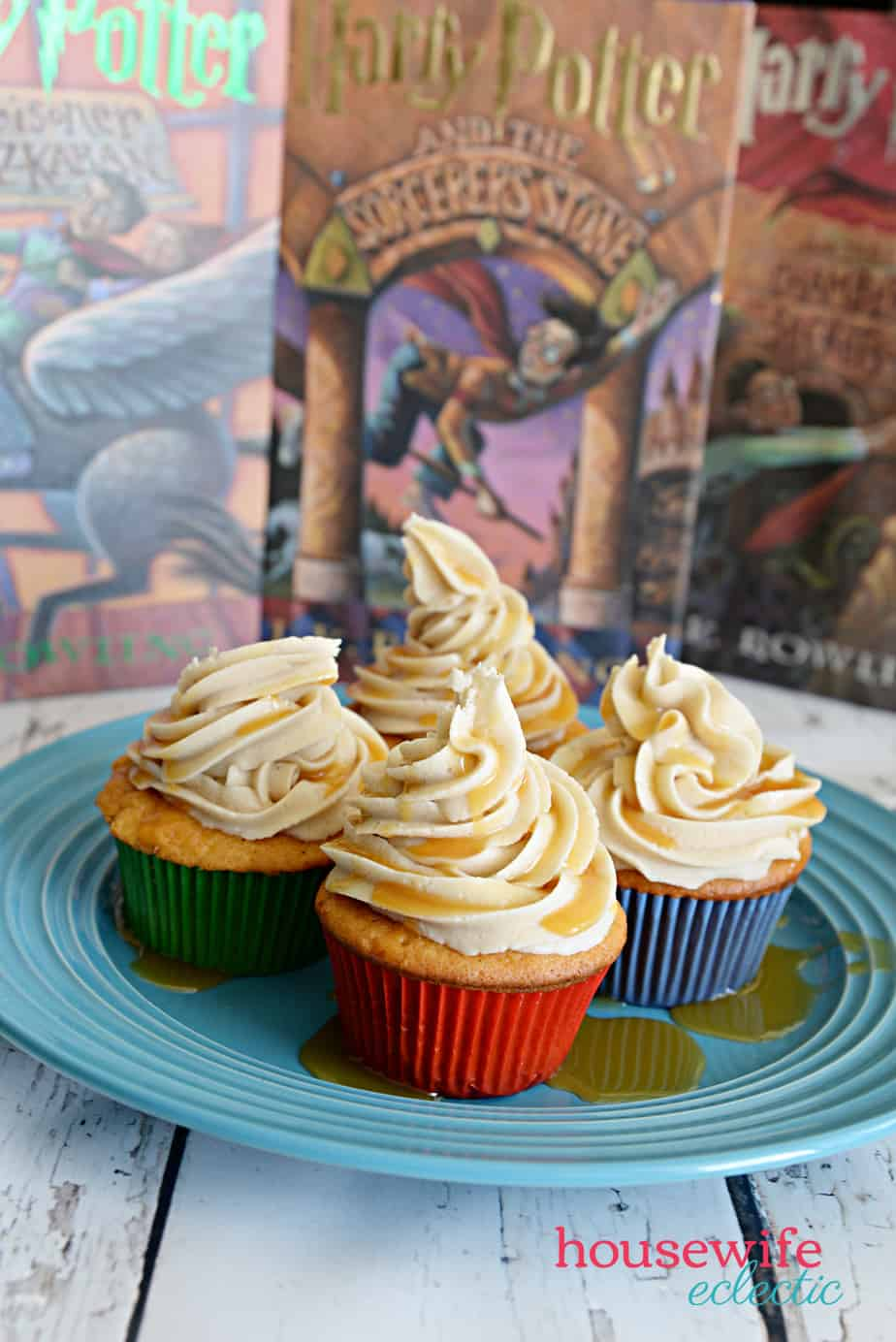 Harry Potter Butterbeer Cupcakes with Butterbeer Frosting