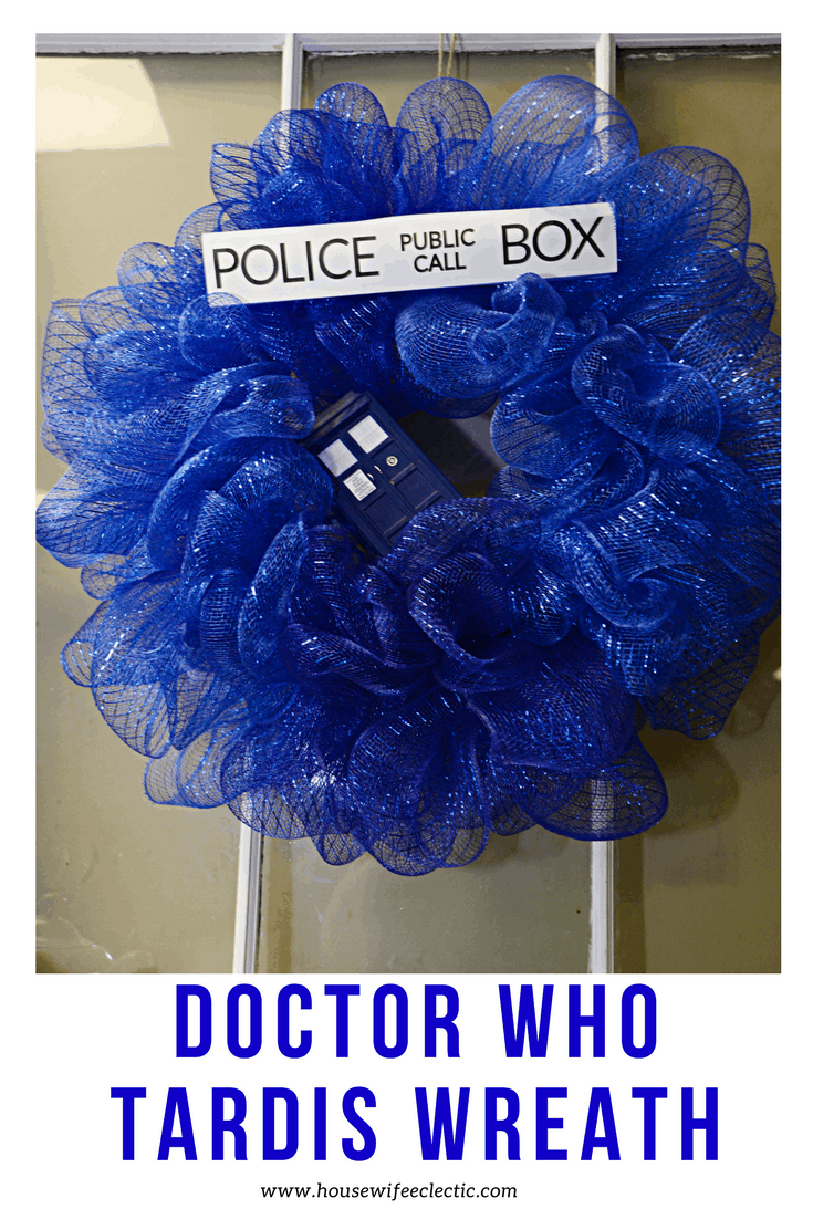 Doctor Who Mantel : Tardis Wreath