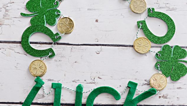 Lucky Shamrock Garland with Cricut Maker