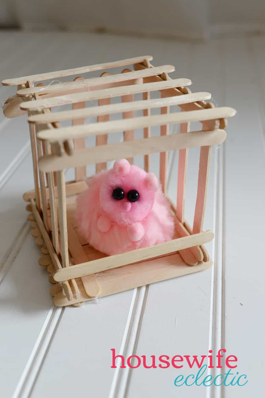 Housewife Eclectic: DIY Pygmy Puff with Popsicle Stick Cage