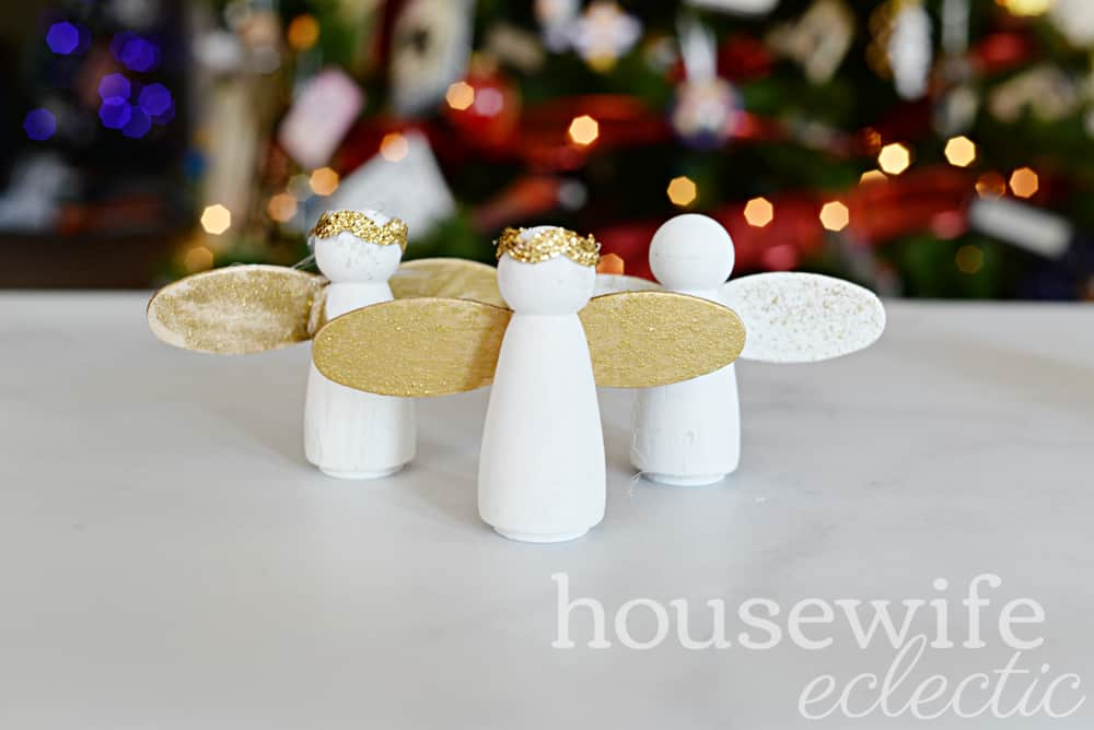 Housewife Eclectic: DIY Peg Nativity