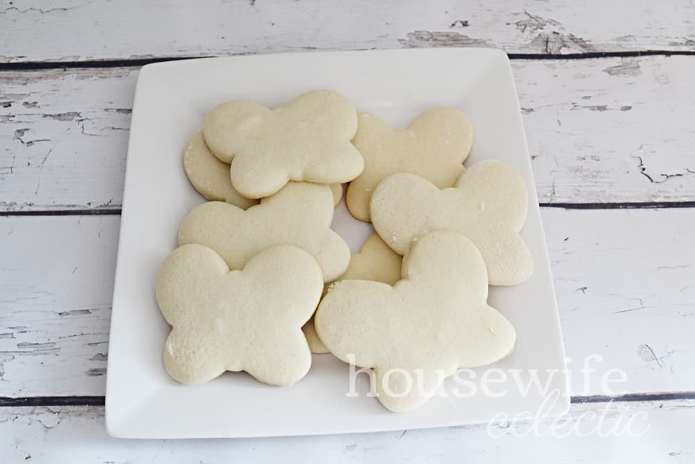 Housewife Eclectic: Butterbeans Café Fluttercookies